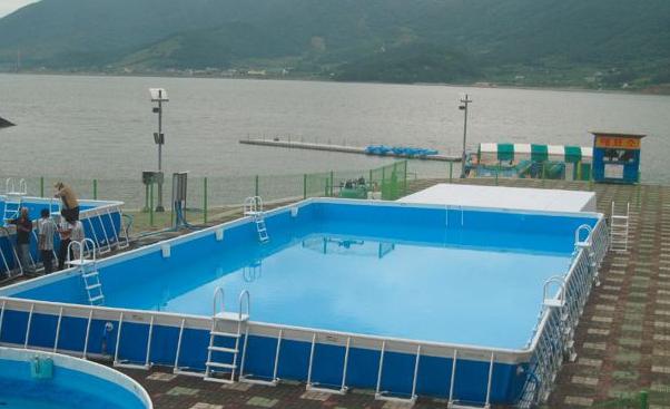 拆卸式泳游池与支撑架泳游池的本质差别
